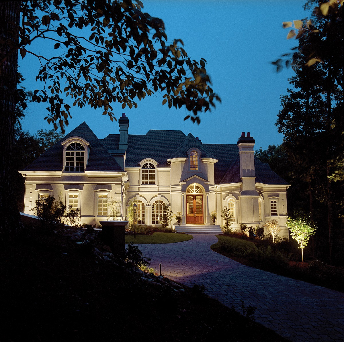 Commercial Lighting Grove City Oh: Cincinnati OH Estate Home Outdoor Lighting Designs