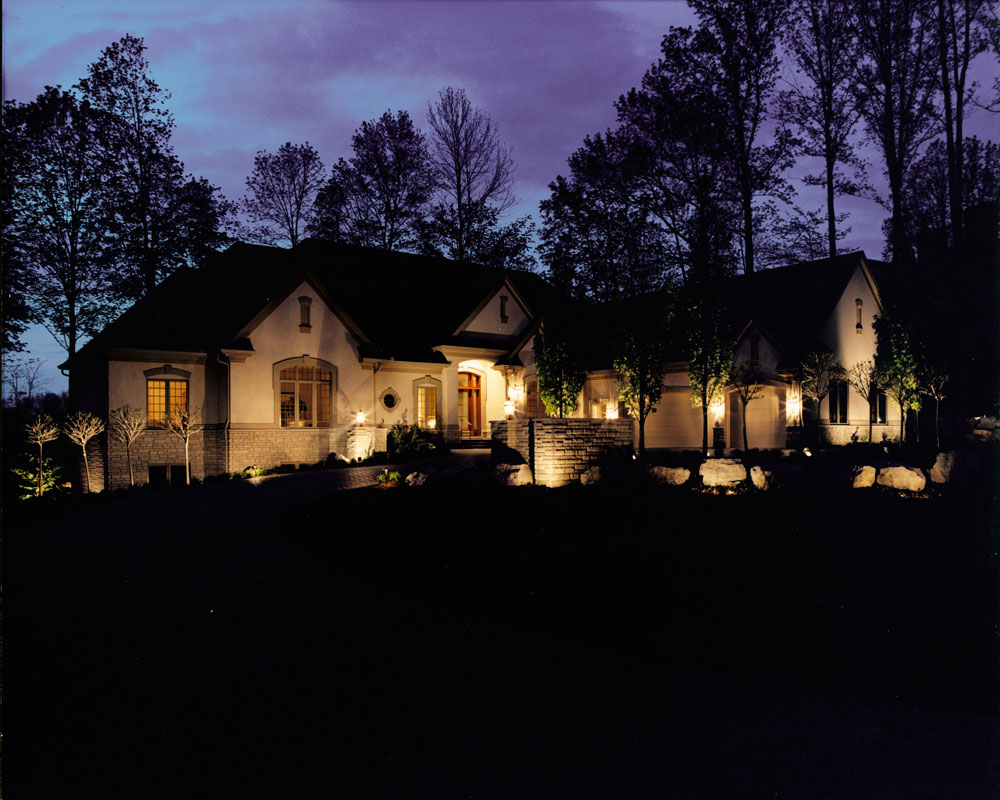 Residential landscape lighting for a home in Centerville, OH