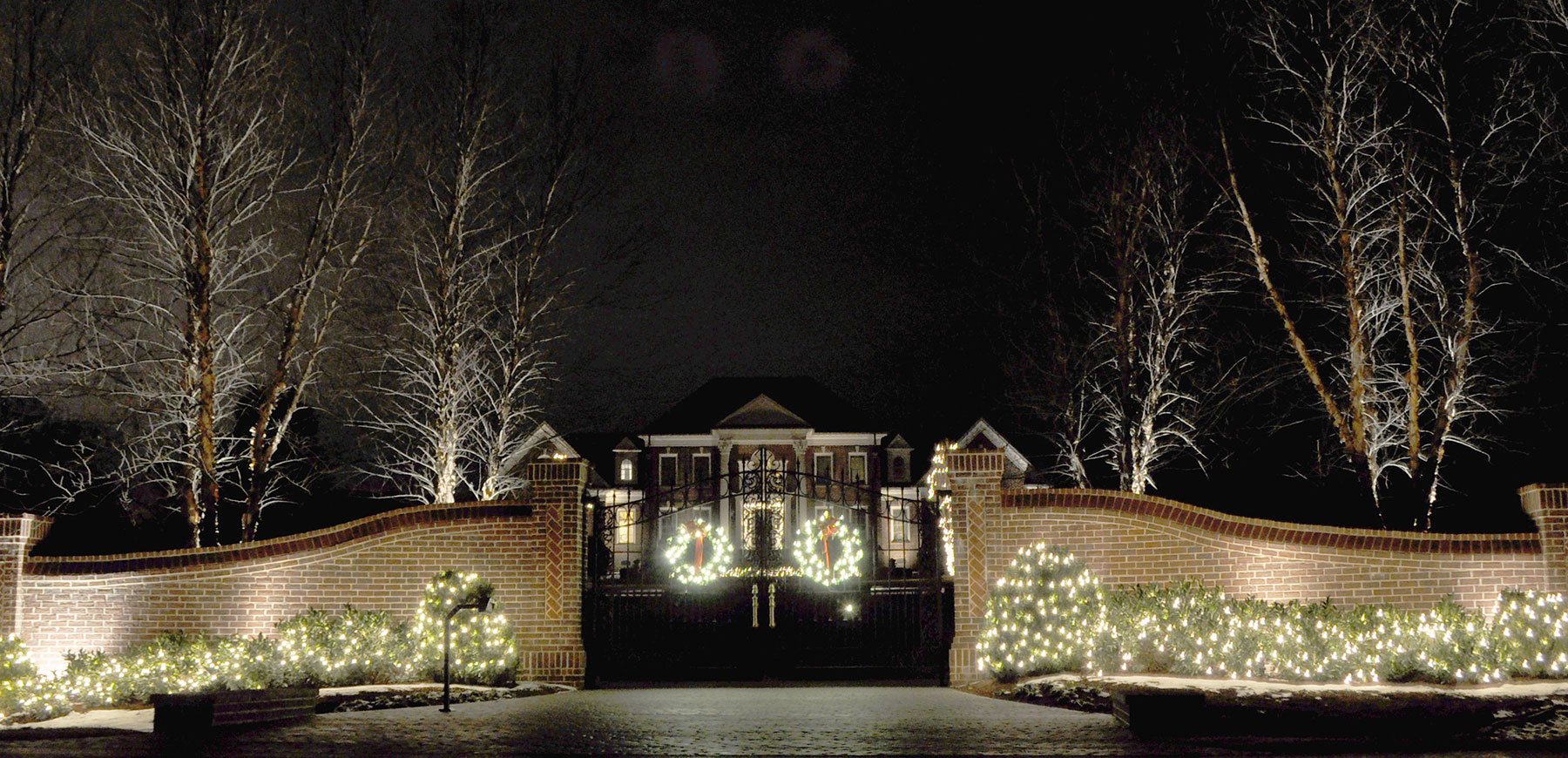 Outdoor Lighting Cincinnati Holiday lighting cincinnati oh view larger image holiday lighting at a cincinnati ohio home designed and installed by the professionals at workwithnaturefo
