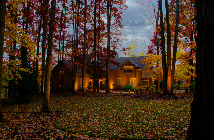 architectural outdoor lighting in the fall